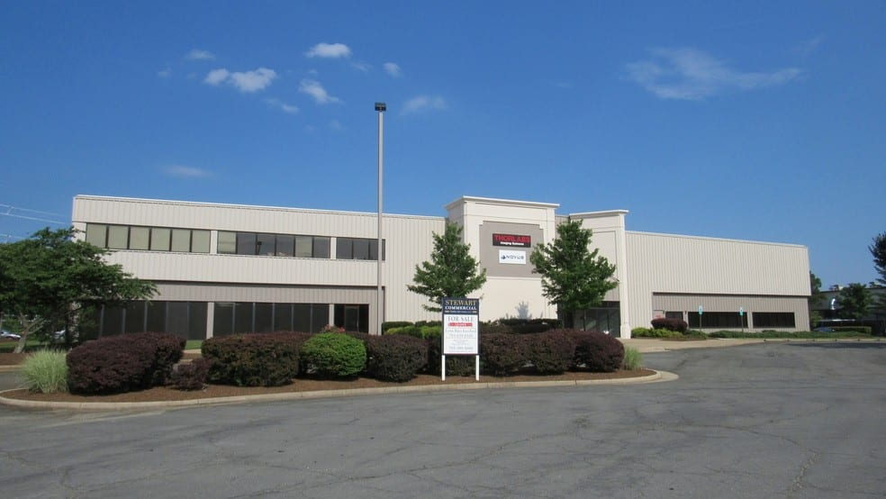 Edge Capital Markets Group Completes Sale of Flex Building in Sterling